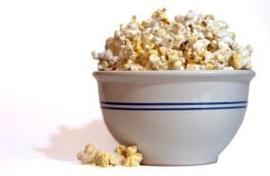 Bowl of popcorn by plattmunk