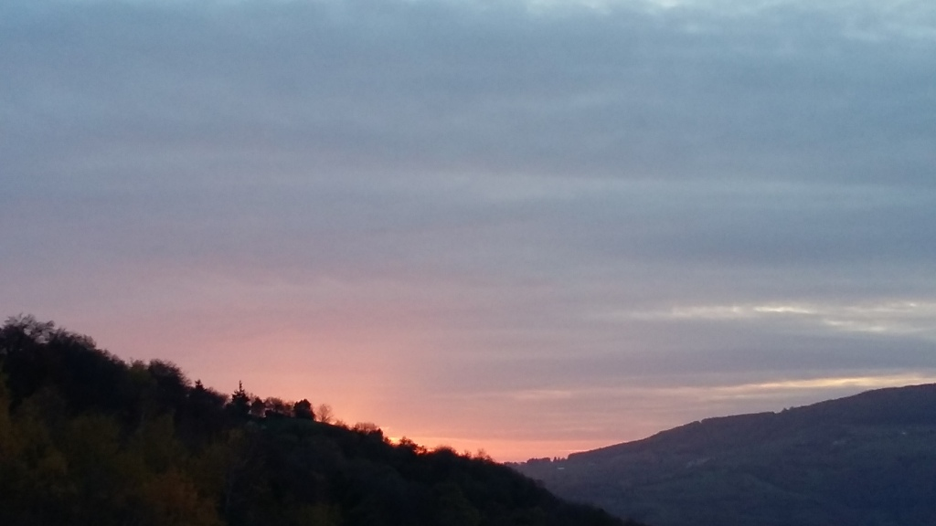 Tramonto in collina