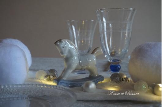 a casa di Bianca, tavola d'inverno, cavallo a dondolo, home, homedecor