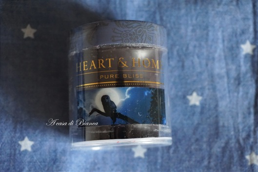heart & home candle blue