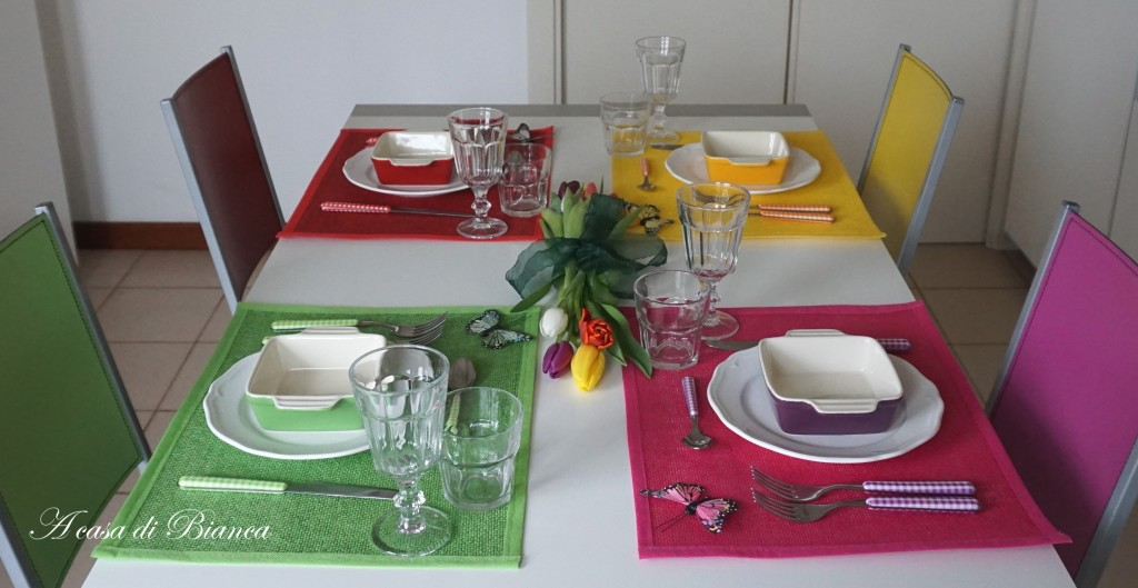 tavola a colori, colorfull tablescape, a casa di Bianca, tavola di Carnevale