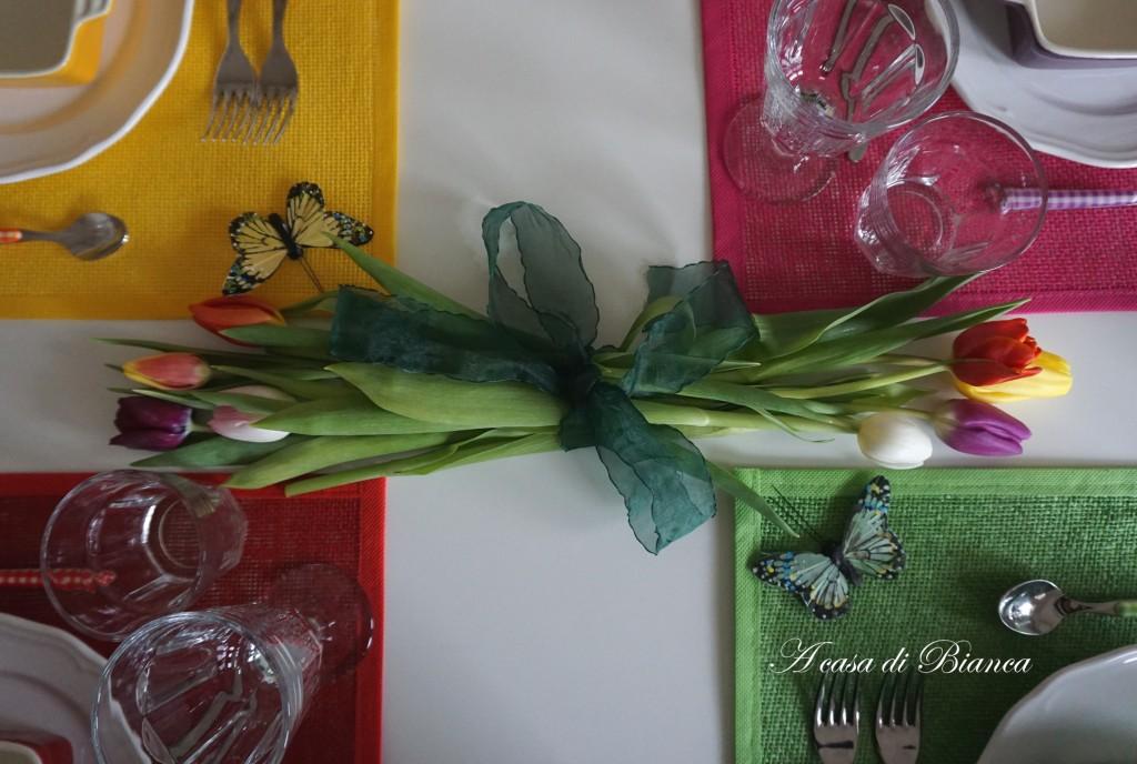 tavola a colori, colorful tablescape, a casa di Bianca, tavola di Carnevale
