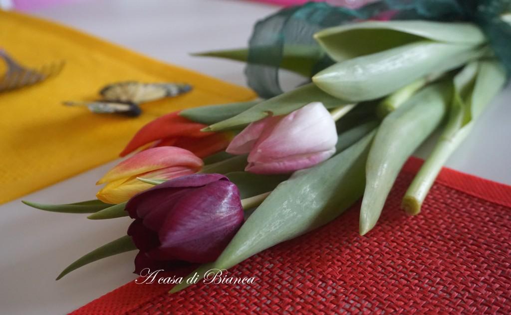 tulipani, tavola di Carnevale, a casa di Bianca