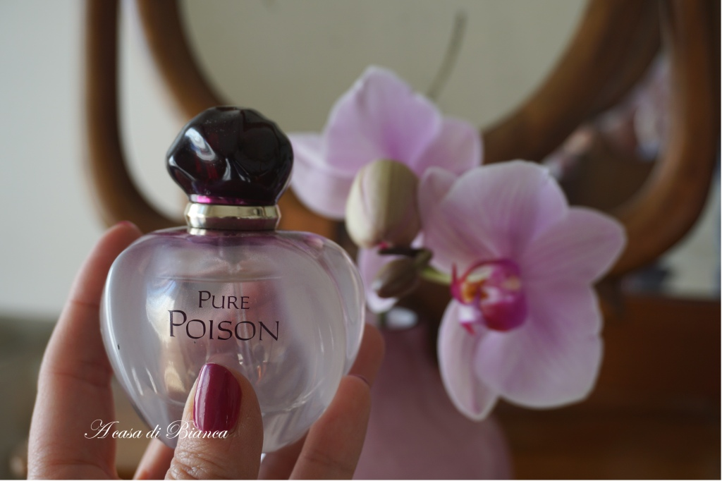 a casa di Bianca, profumo, viola, orchidee, dior poison