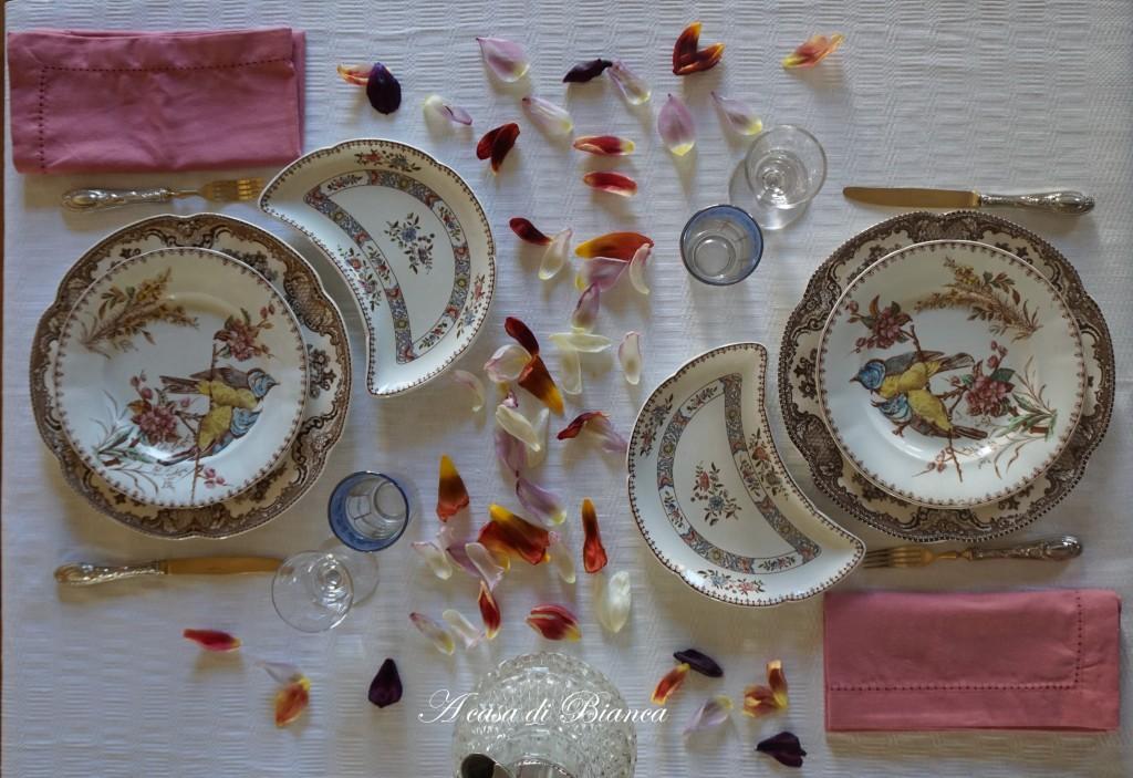 tavola vintage piatti inglesi e francesi