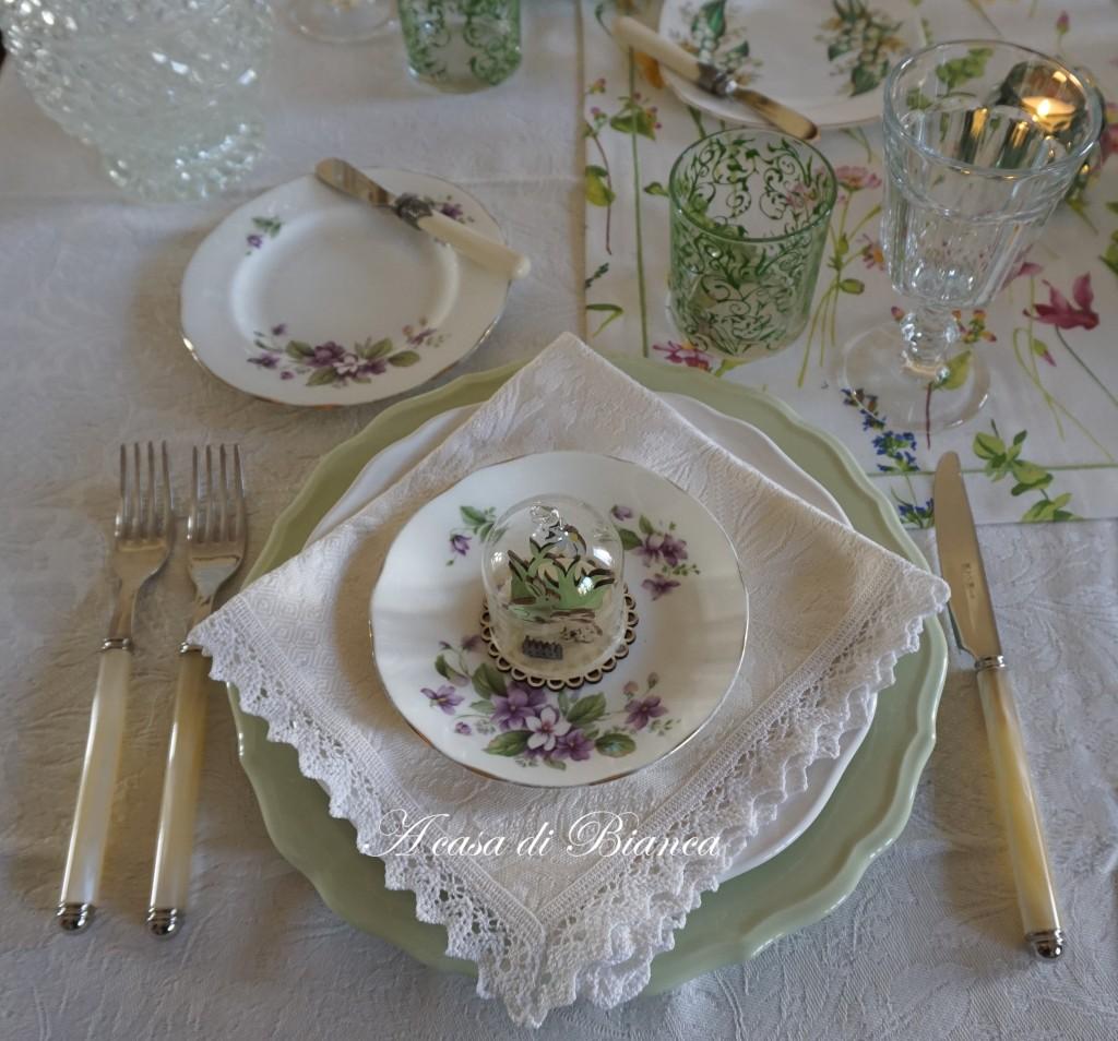 Spring tablescape a casa di Bianca violette