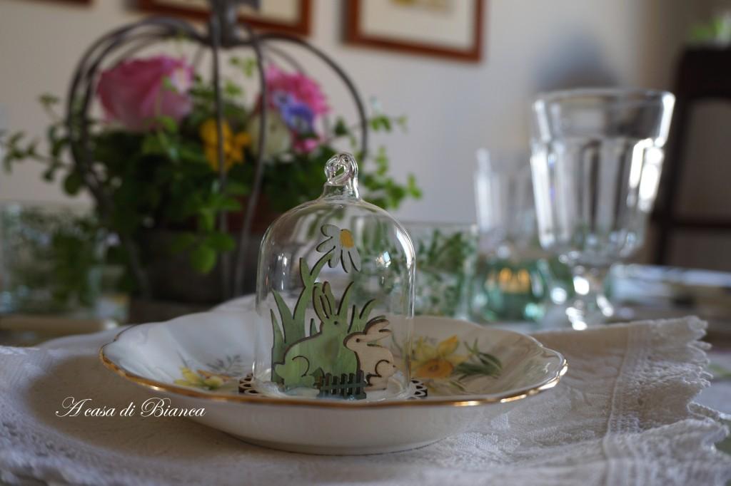 spring tablescape a casa di bianca coniglio pasquale