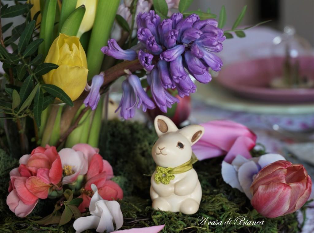 Centrotavola di Pasqua coniglietto Thun a casa di Bianca
