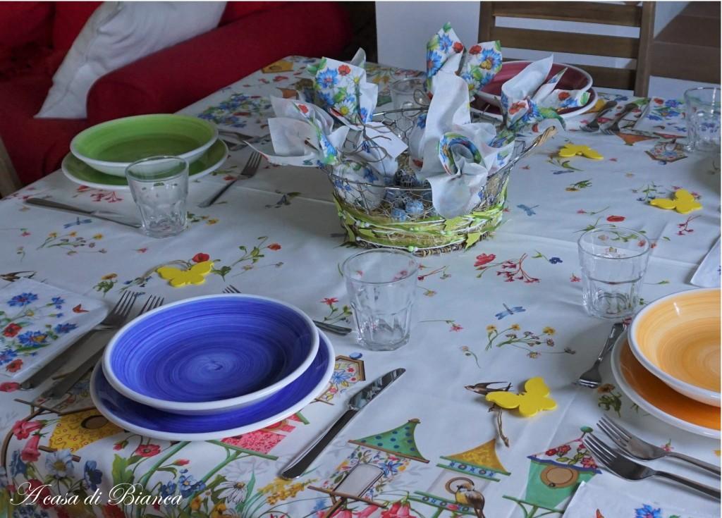 Tavola di Pasqua in campagna a casa di Bianca
