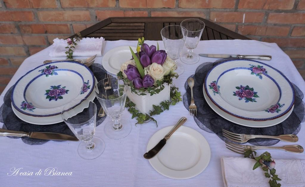 Alfresco dining piatti vintage Spode a casa di Bianca