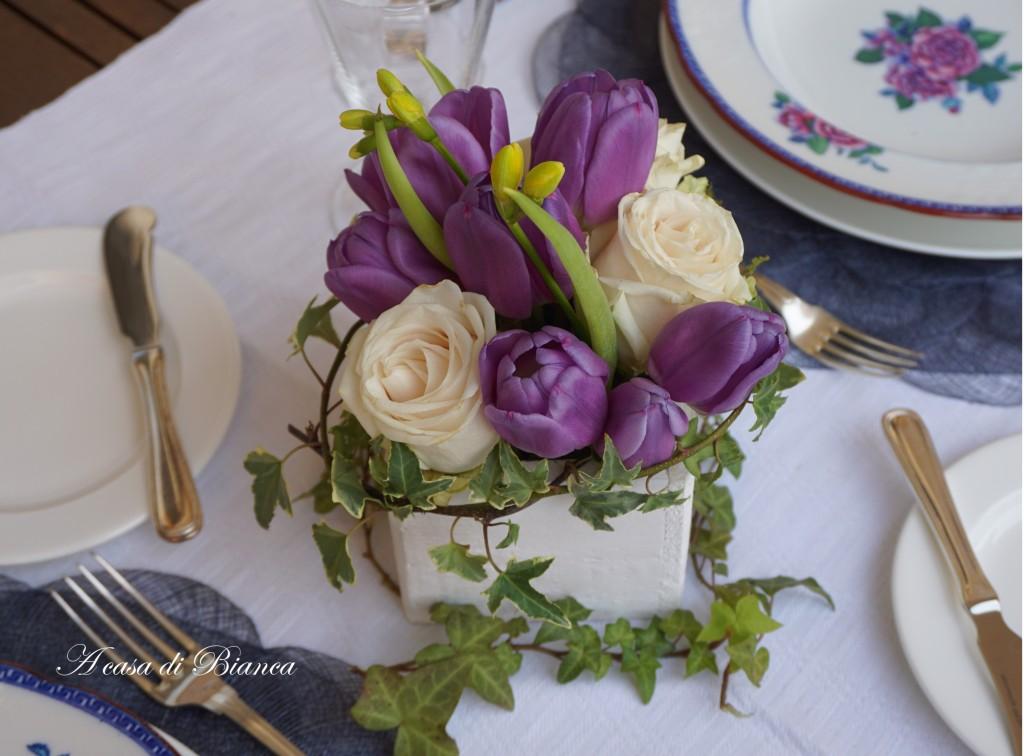 Centrotavola rose e tulipani a casa di Bianca