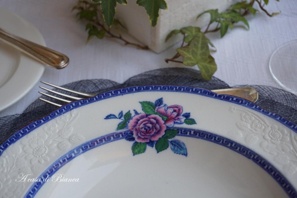 Piatto Copeland Spode vintage rosa e blu