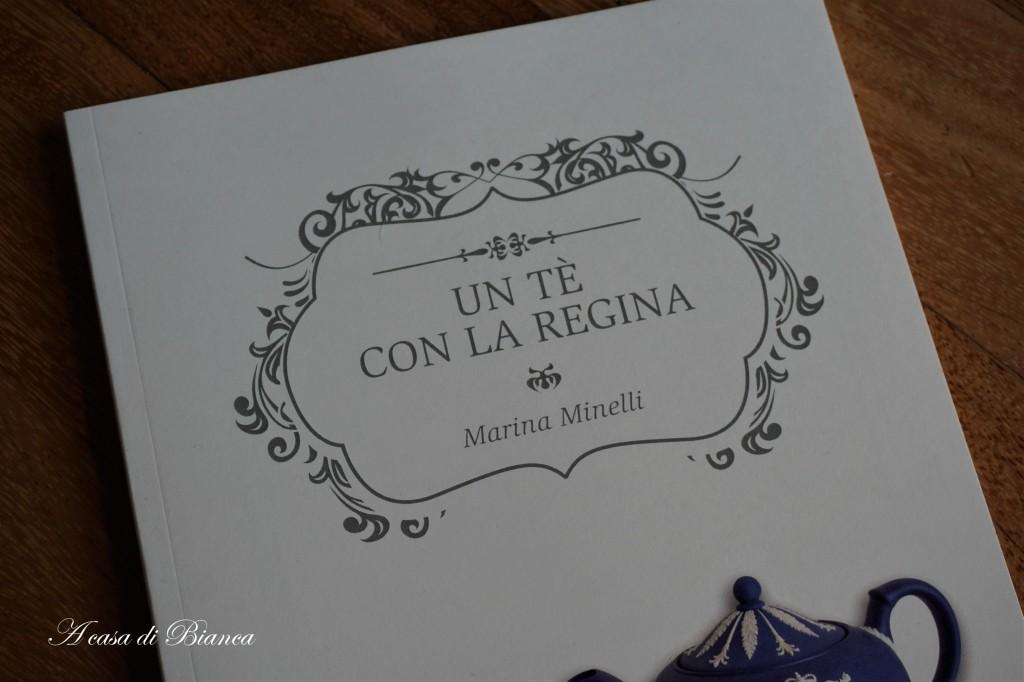 Marina Minelli Un tè con la Regina