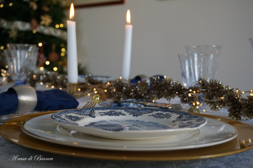 Natale blu e oro a casa di Bianca