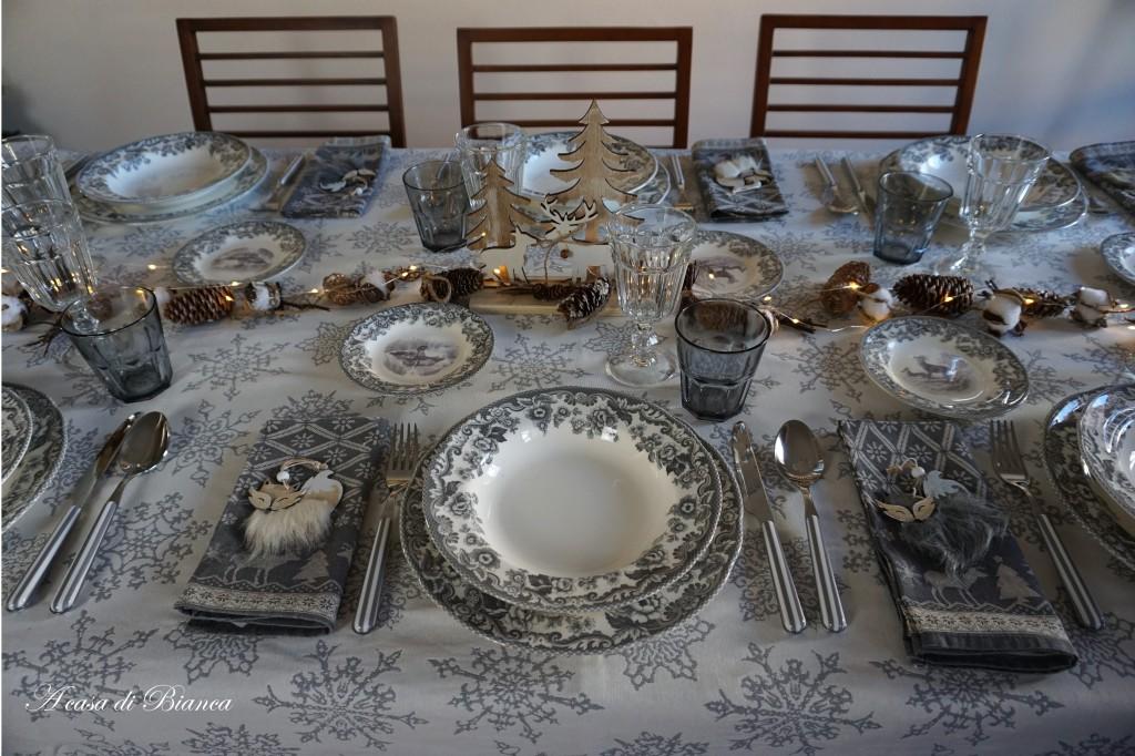 tavola invernale tema neve a casa di Bianca