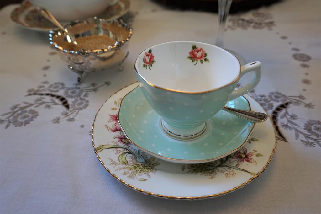 Tè floreale a casa di Bianca