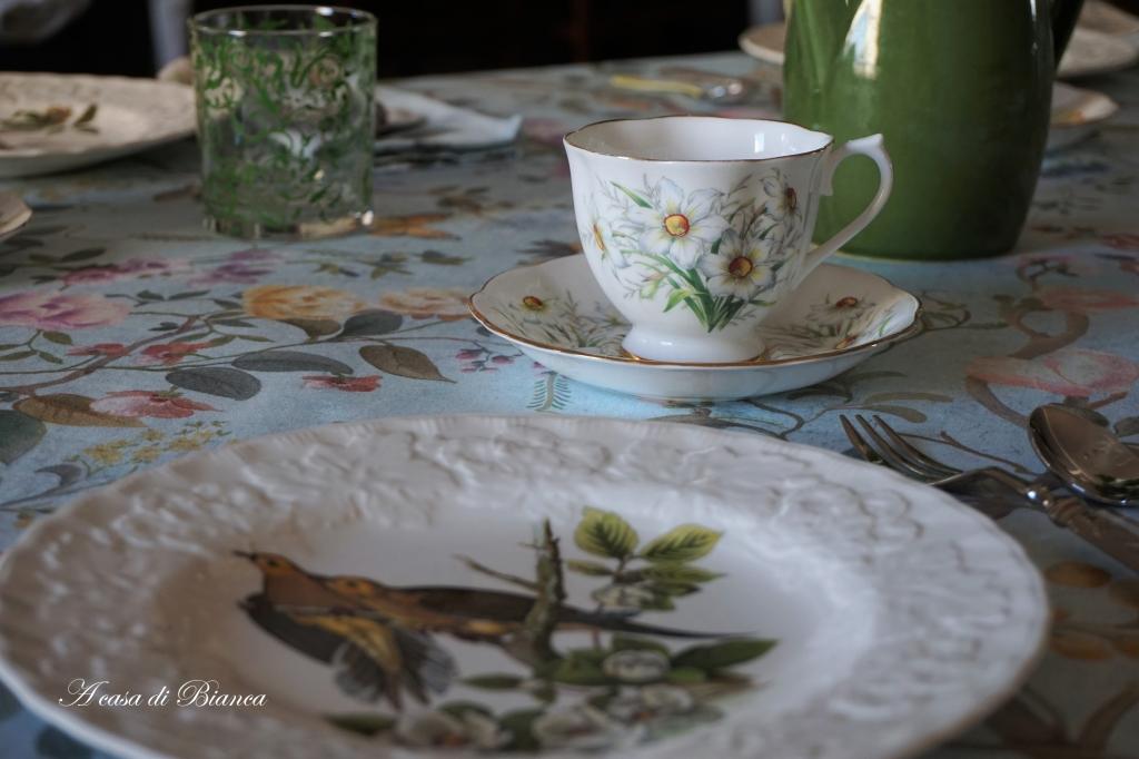 Springtime tablescape blog hop a casa di Bianca