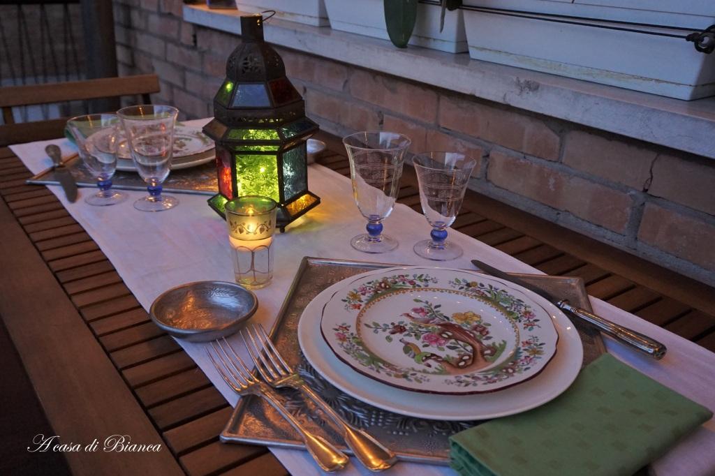 Tavola per cena indiana a casa di Bianca