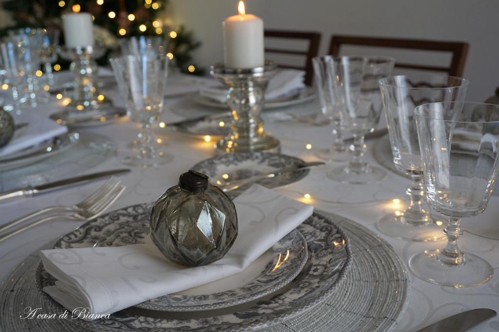 Tavola di Natale d'argento