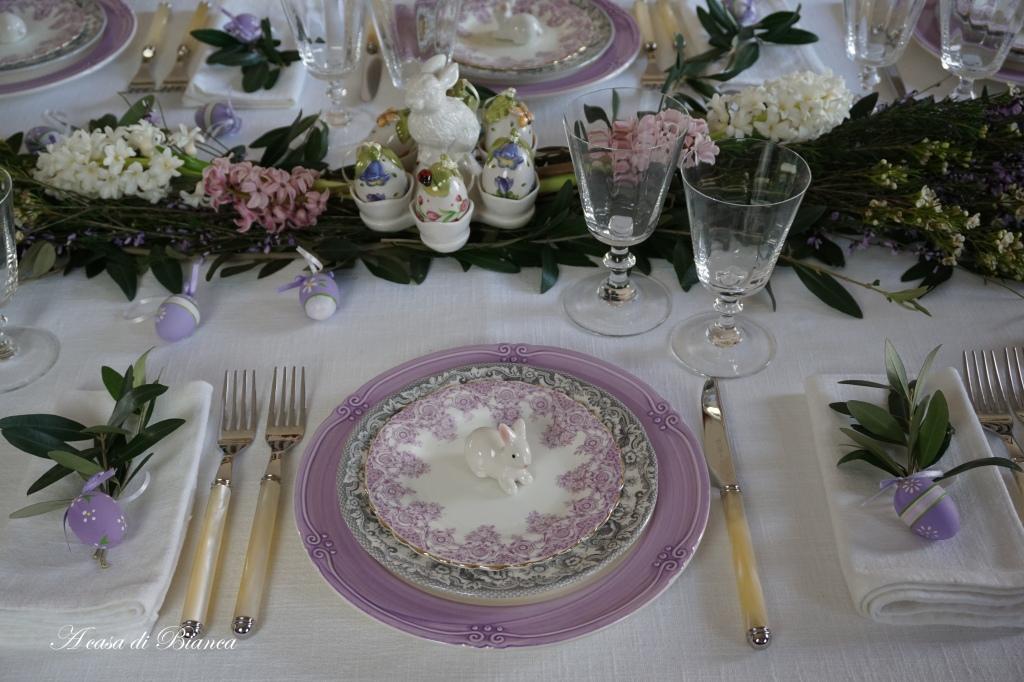 Tavola di Pasqua elegante a casa di Bianca